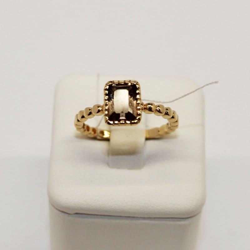 Złoty pierścionek z topazem dymionym
