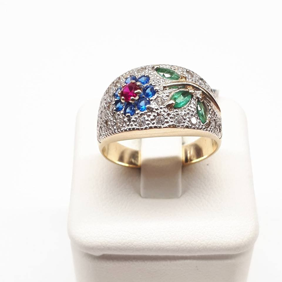 0dfab316813263 Złoty pierścionek kwiatek z cyrkoniami